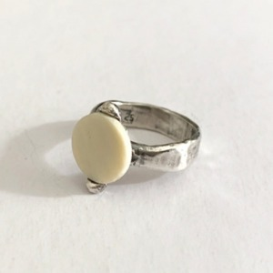 ivory' one ring